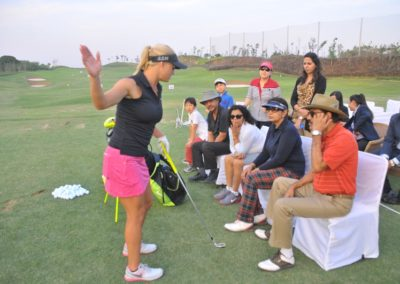 Carly Booth giving a clinic to guests- Hero Women's Indian open 2016